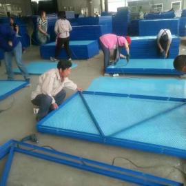 泰安全钢爬架网厂家&1米宽建筑安全爬架网100平米起订