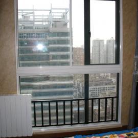静美家通风隔音窗-专业解决各种噪音的隔音玻璃门窗专家
