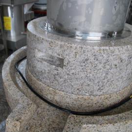 电动石磨磨浆机批发中达机械大量现货、现场试机