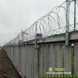 高铁防护栅栏刺丝滚笼厂家