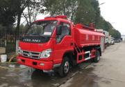 景区专用的东风5吨消防车带洒水功能配置齐全