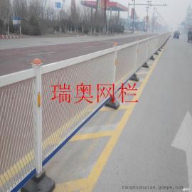 镀锌管隔离护栏