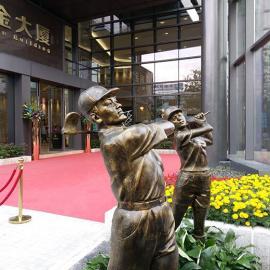供应打高尔夫人物雕塑 公园绿地景观雕塑摆件 广东雕塑工厂制作