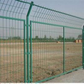 河北省衡水市安平县硬隔离网|隔离栅网片|隔离防护网现货