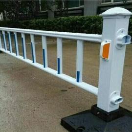 道路隔离栅|道路中央隔离护栏|现货供应道路护栏