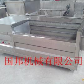 番薯去皮机,地瓜毛刷去皮清洗机,红萝卜清洗工作原理