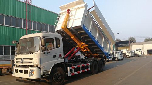 东风御龙25吨车厢可卸式垃圾车