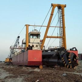 机械式铰吸抽沙船施工效率高