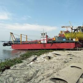 小型水库绞吸式挖泥船清淤