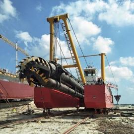 绞吸挖泥船配有清淤固化设备 清淤固化设备照片