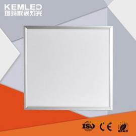 只生产安全、稳定、柔光LED录播教室灯具