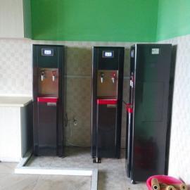 杭州优伴开水器出租(内置RO反渗透五级净水器过滤系统)