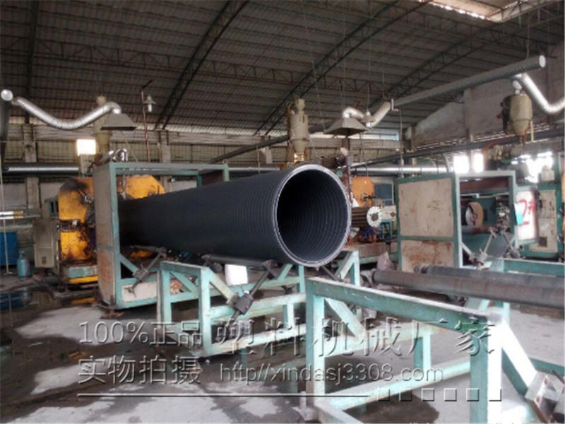 HDPE中空缠绕管生产线