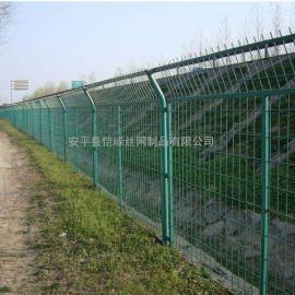 公路框架护栏网 框架铁丝围网 浸塑框架护栏网厂家