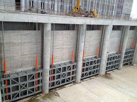 平板式钢制闸门
