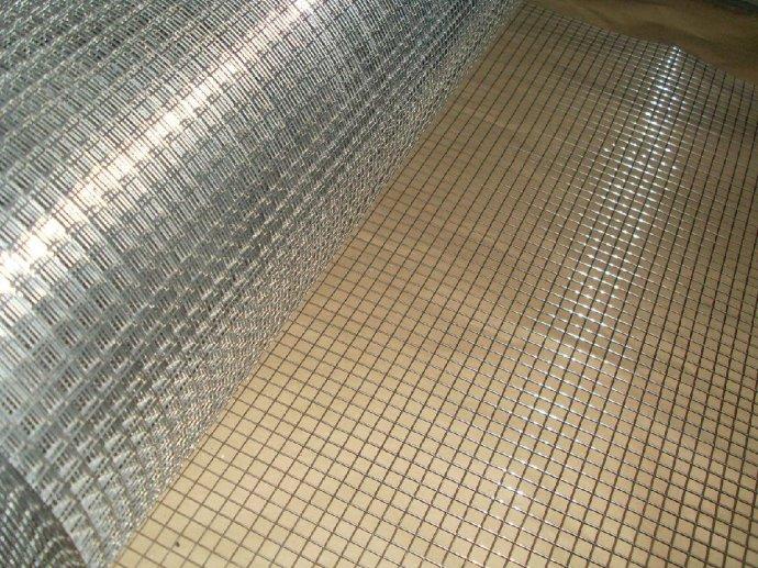 天津墙面抹灰铁丝网厂家――1.5cm镀锌保温电焊网折扣价