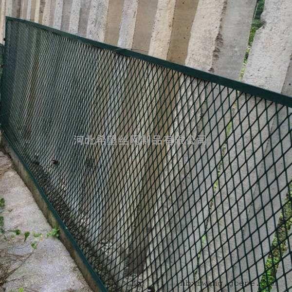 栅栏加密网片|高铁防护栅栏加密金属网片|铁路防护栅栏加密网片