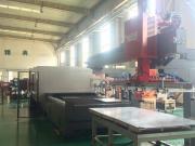 激光切割机自动化上料机械手、钢板搬运上料吸盘吊