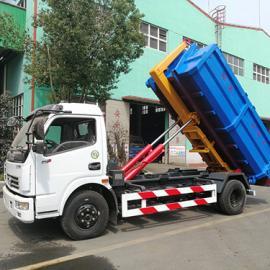 东风多利卡8吨勾臂车