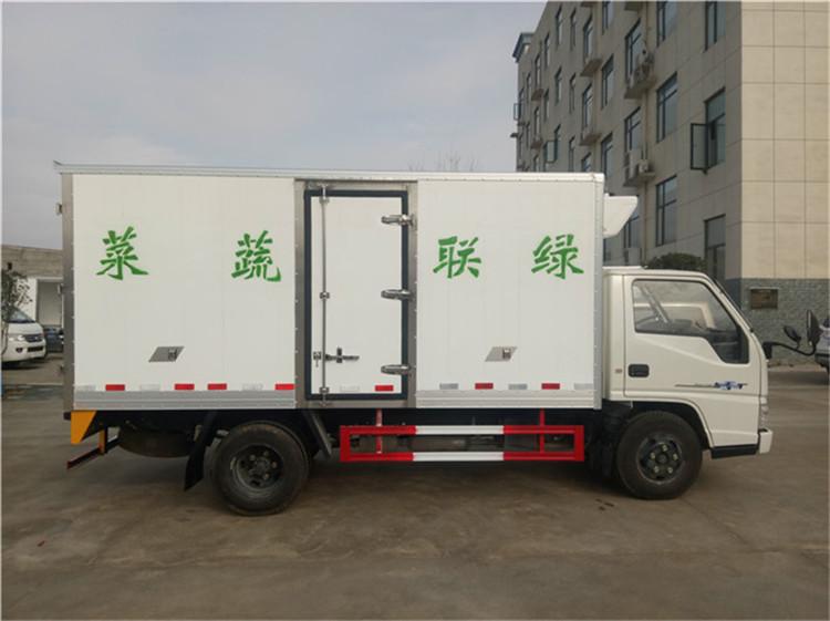 江铃4.2米箱长冷藏保鲜车价格是多少