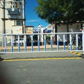 锌钢路政防护栏杆 交通安全栅栏 公路隔离栏