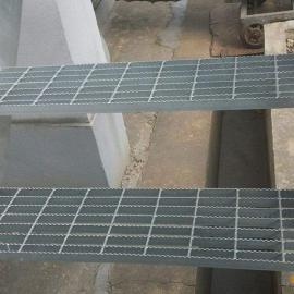 厂家直销|钢梯板|脚踏钢梯板|楼梯脚踏钢格板|山东钢梯板|