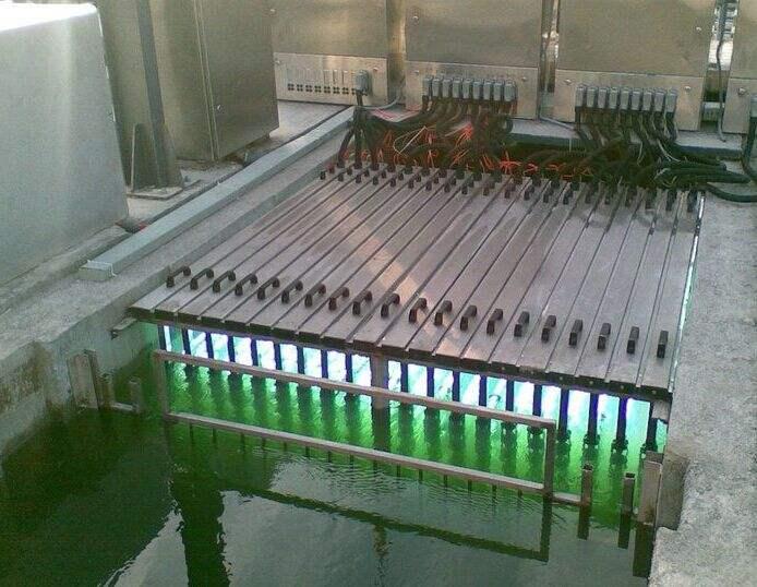 明渠式紫外线消毒设备模块安装于开放式紫外消毒渠市政污水工程