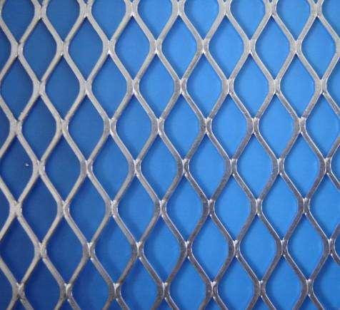 河北现货供应菱形钢板网厂家