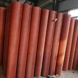 武昌成卷喷漆钢板网――1.8米高圈地、养殖钢板网规格定做