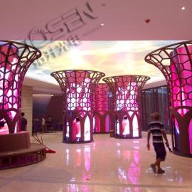 茂名国际大酒店室内大厅p3全彩LED天幕加圆柱电子显示屏价格