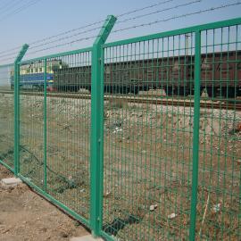 成都铁丝护栏 铁丝围栏网批发 护栏栏杆