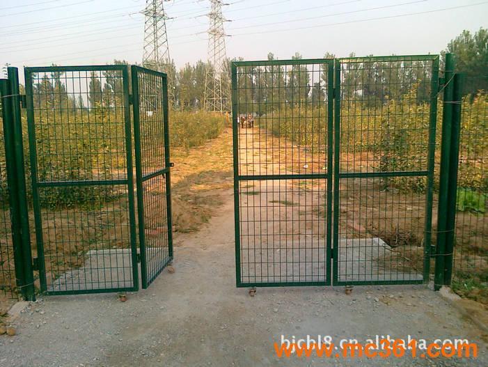 铁丝网围栏规格价格 铁丝栅栏 铁丝网围栏设备