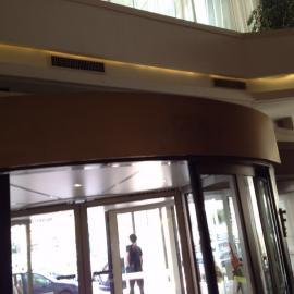 供应离心式高效阻断弧形空气幕 弧形热风幕,转门风幕机