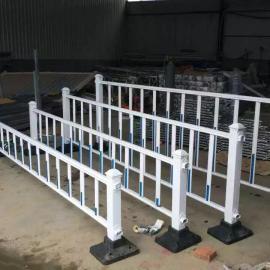 临时交通护栏价格 锌钢护栏栅栏厂家 绿化护栏网多少钱