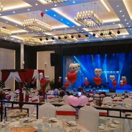 宴会厅18平方P4LED全彩显示屏价格每小时耗电量多少度