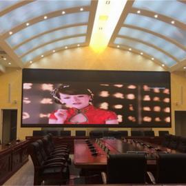 室内P3全彩LED显示屏含视频处理器多少钱一平方