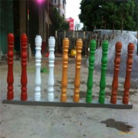 艺术栏杆刷漆