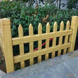 花园草坪护栏仿木漆