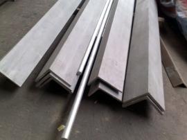 等边角钢市场行情 等边角钢多少钱一吨Q235