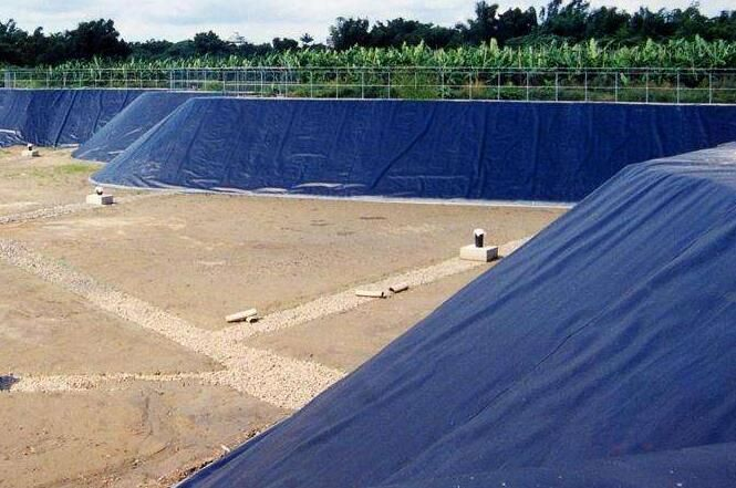 云南曲靖富源HDPE防渗土工膜-HDPE防渗膜-焊接施工