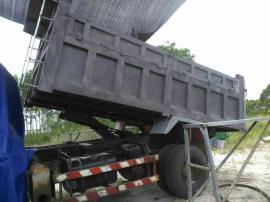 二手槽车打漆喷砂机-旧槽车创新喷砂机