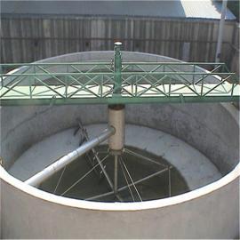 半桥式周边传动刮泥机设备原理