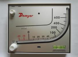 养殖鸡舍专用红油表D700红油压差计