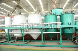 芝麻油加工机械,芝麻油生产设备占地面积小,生产效率高
