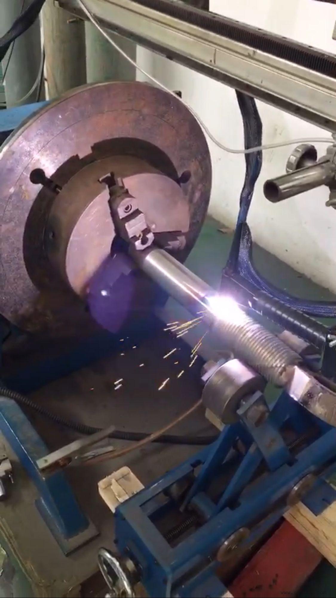 激光熔覆液压杆