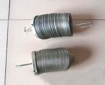 龙江县大型除尘器设备配件设计制作安装弹簧袋笼