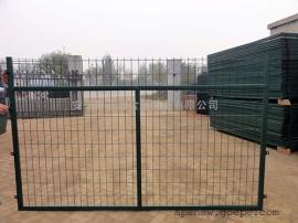 墨绿色铁丝框架护栏网 双边丝养殖围栏网高速公路防护网边框护栏