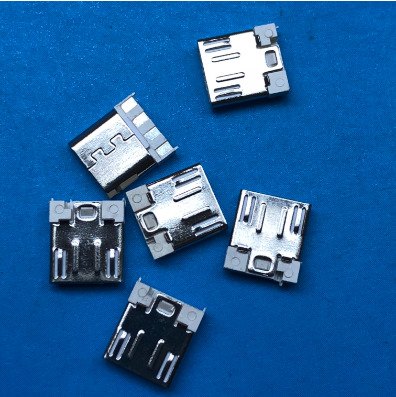 超薄3.0短体 MICRO 5P焊线式公头 长度7.6 前五后四 白胶