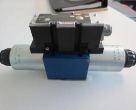 Rexroth力士乐4WRA10W30-2X/G24K4/V比例换向阀