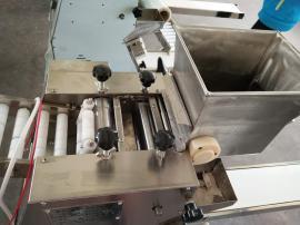 做速冻水饺批发利润有多大 小型速冻批发加工厂用的饺子机